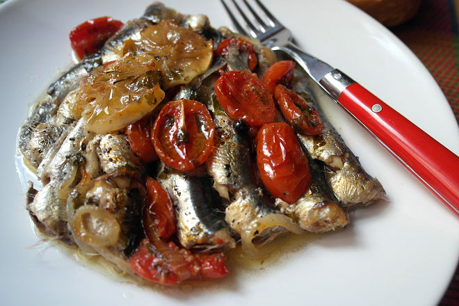 Baked sardines, hot and spicy