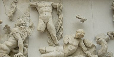 Apollon fights Ephialtes of Trachis